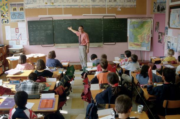 Offre d emploi professeur de college et de lycee