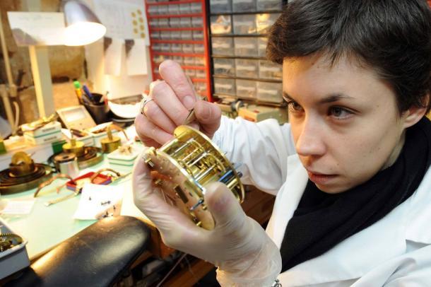 Emploi bijouterie horlogerie suisse